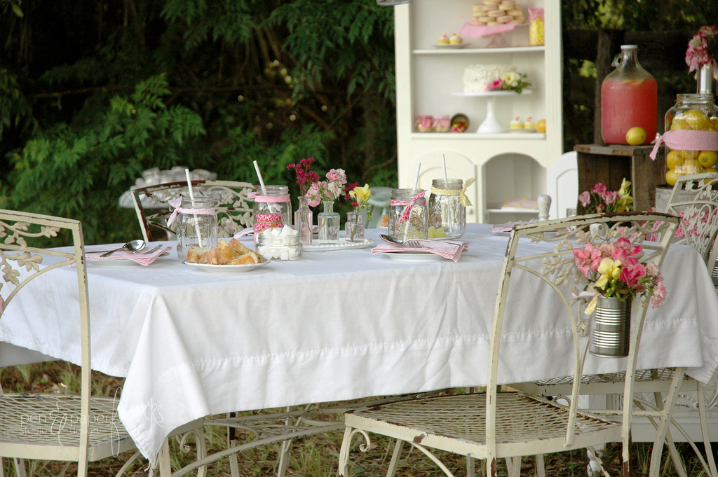 An outdoor soiree is a few clicks away