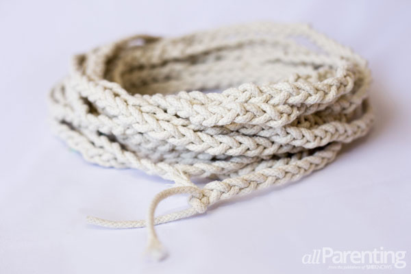 allParenting braided doormat step 2