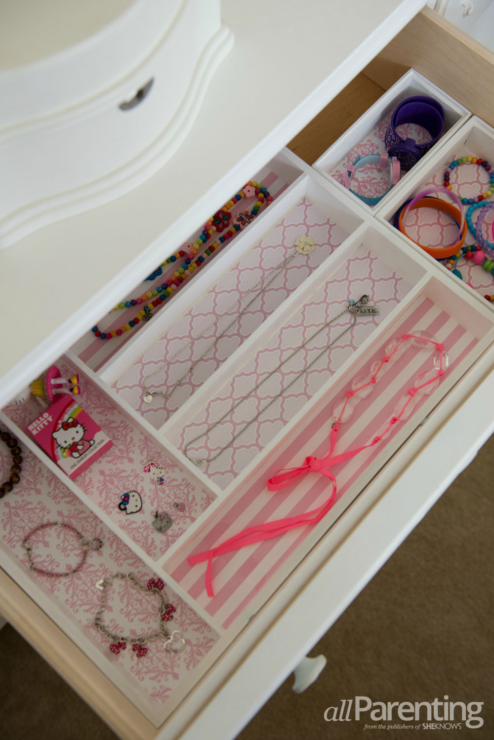 allParenting DIY Jewelry storage boxes