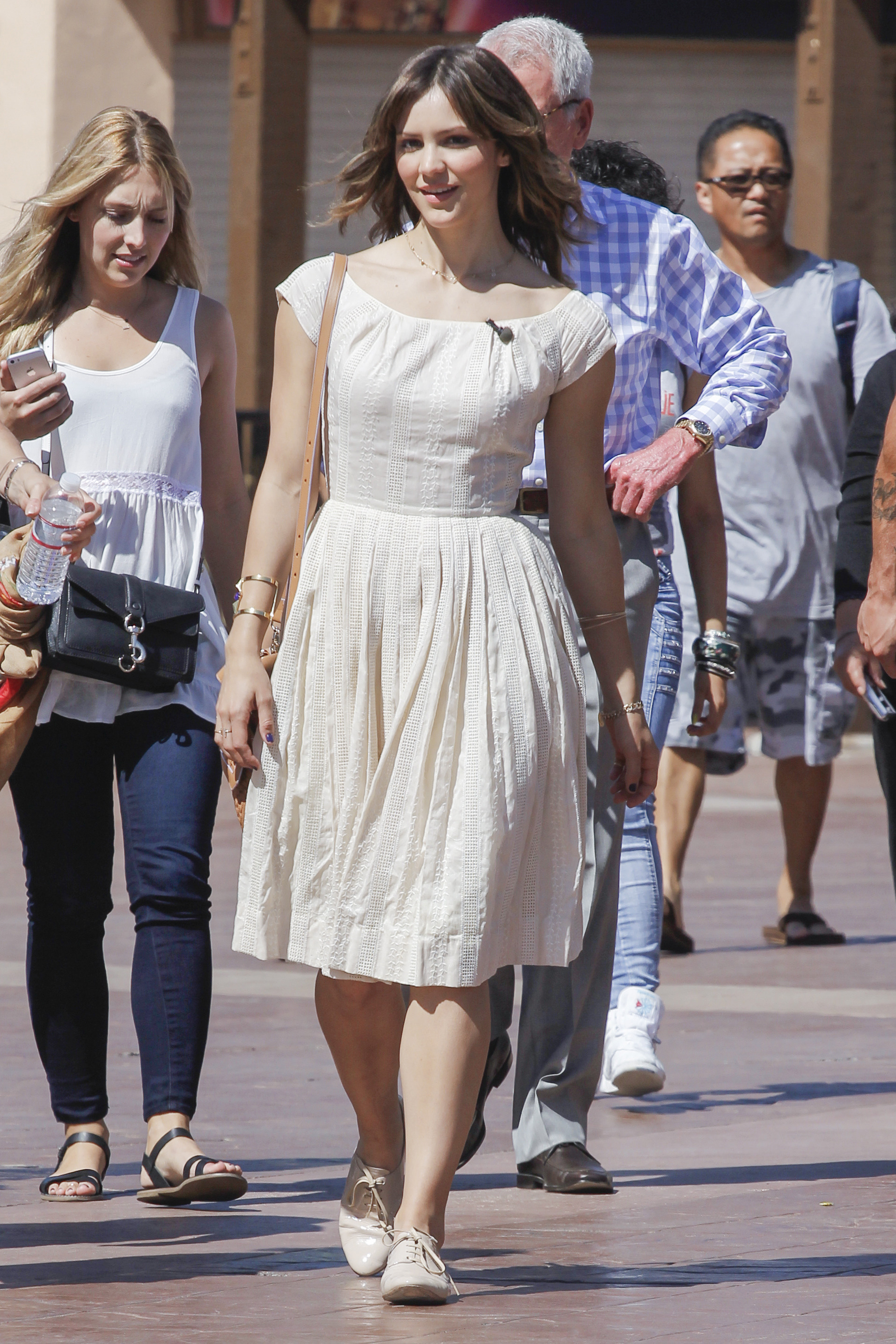 Get the look: Katharine McPhee's neat neutrals