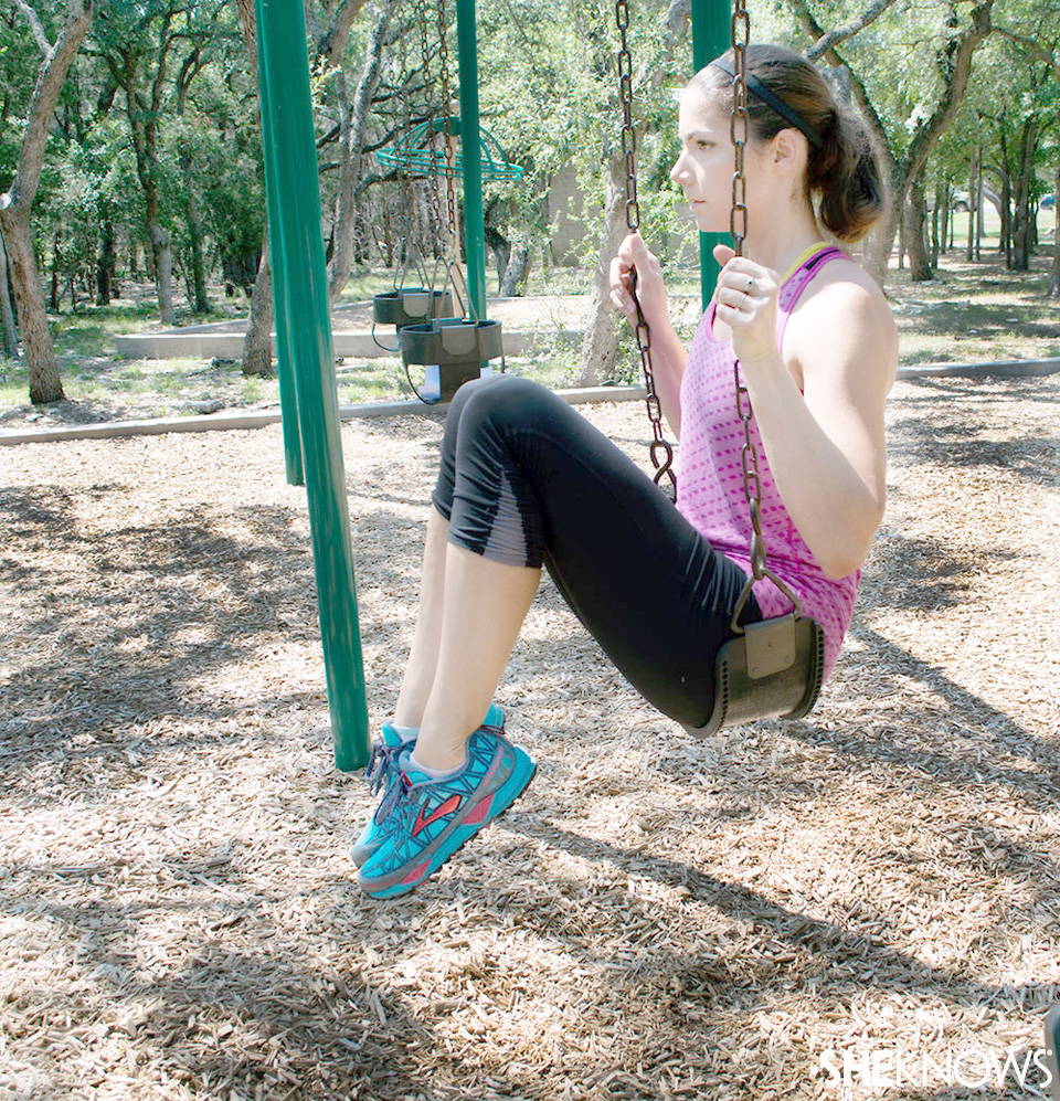 Hanging leg lift