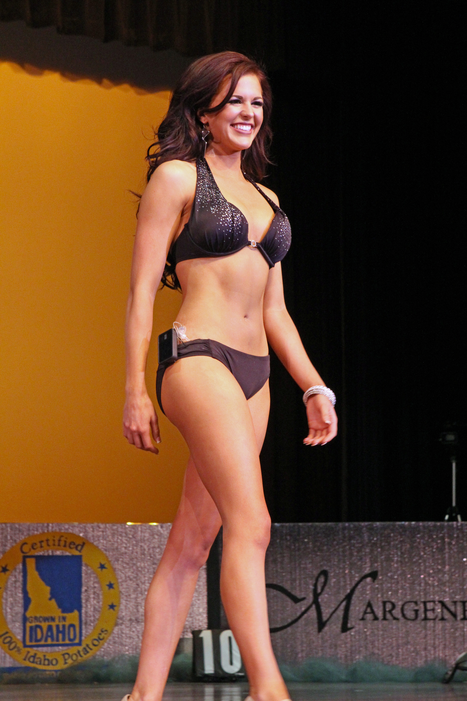 Sierra Sandison wears an insulin pump