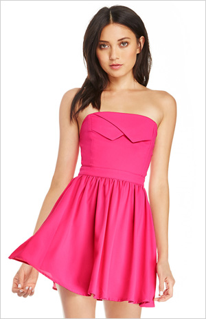 Dresses that look like origami are everywhere