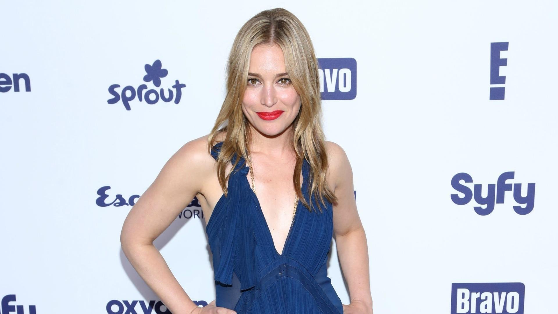 Piper Perabo tied the knot to her beau  Stephen Kay in secret
