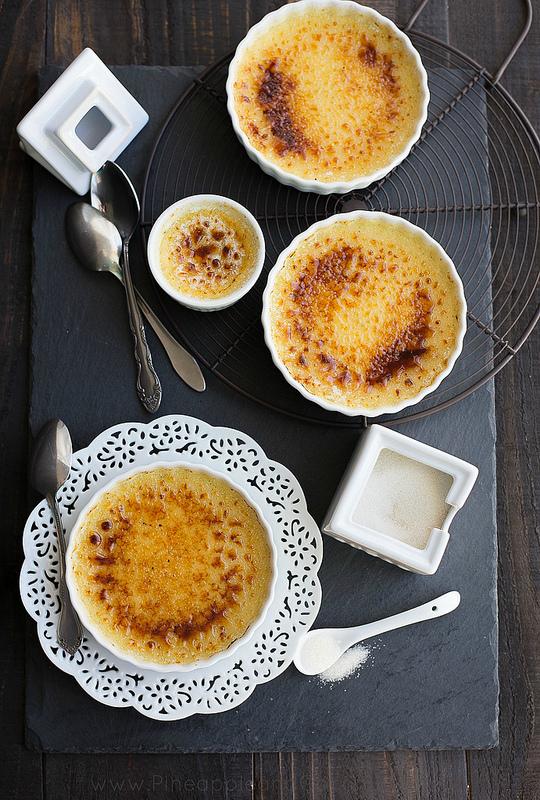 Vanilla bean creme brûlée