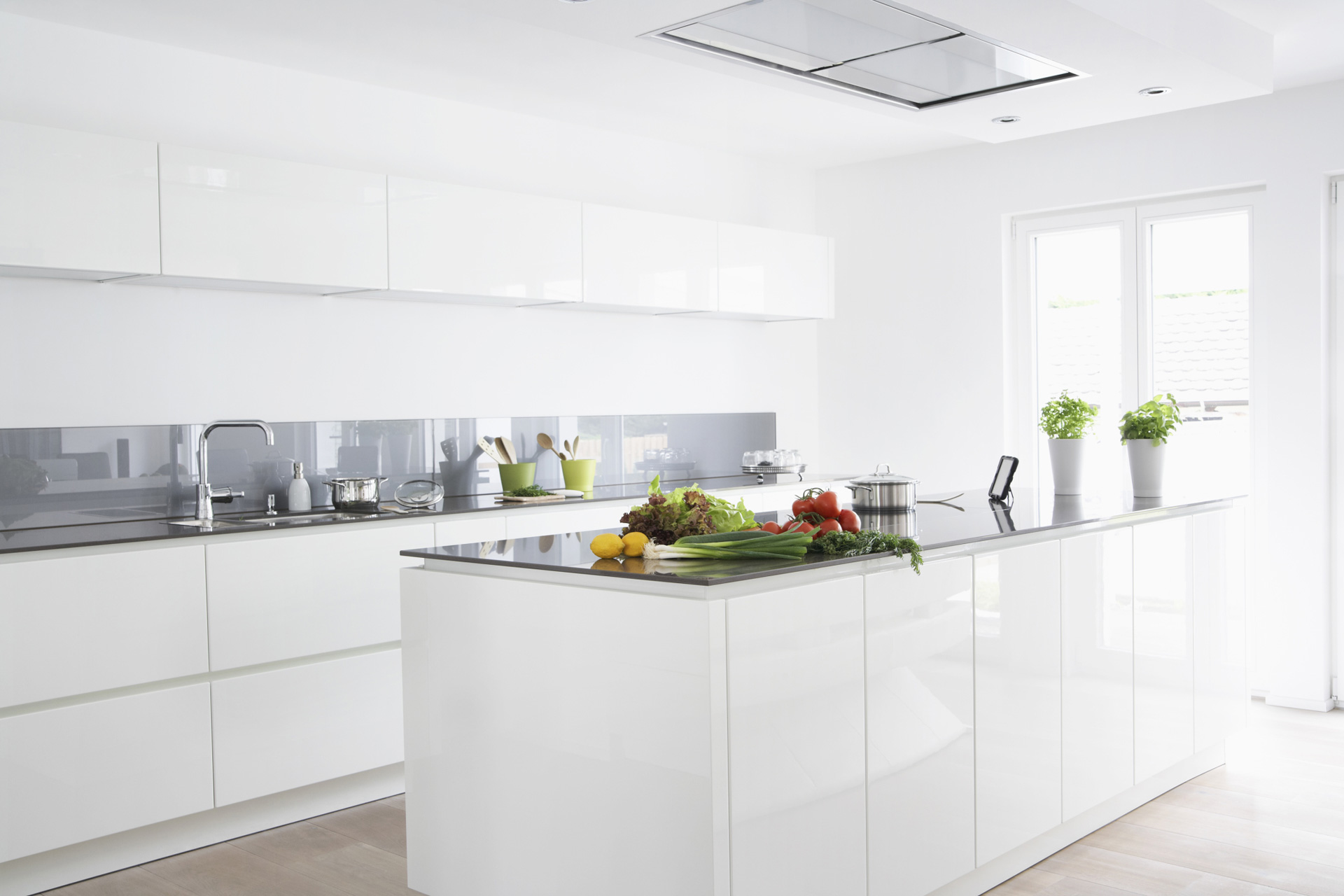 4 Elements Of Trending Modern Kitchens