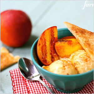 Grilled peach pie alamode