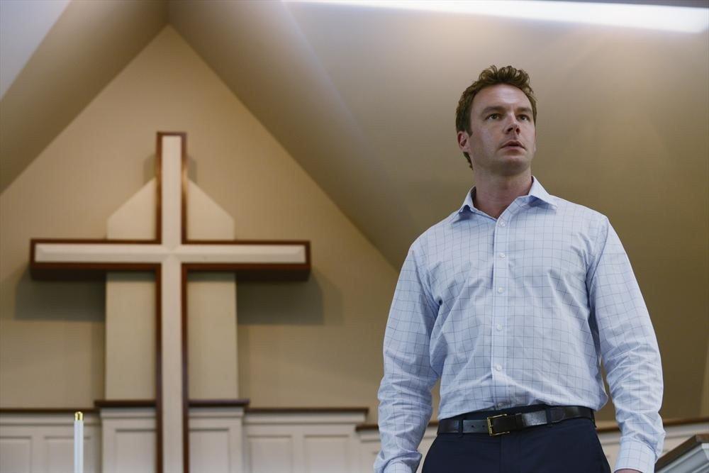 Mark Hildreth in Resurrection
