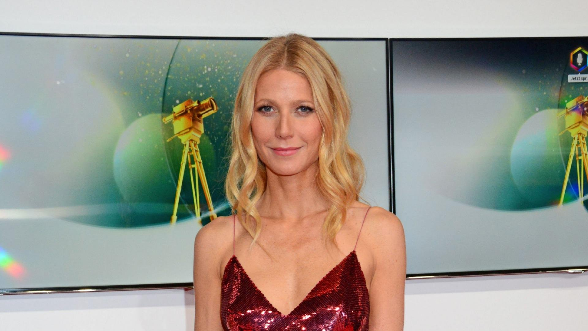 Gwyneth Paltrow thinks Jennifer Lawrence is perfect for ex Chris Martin