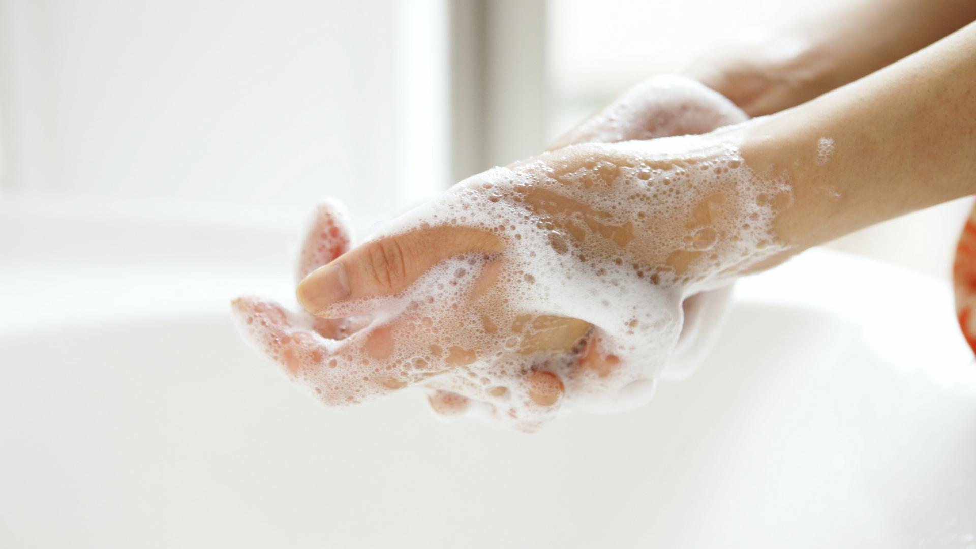 Pregnancy washing hands