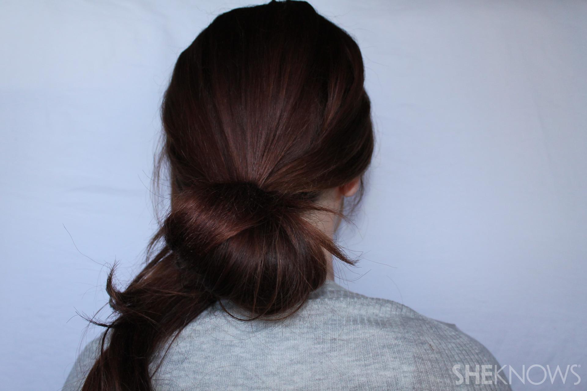 Hair bow | Sheknows.com - step 02