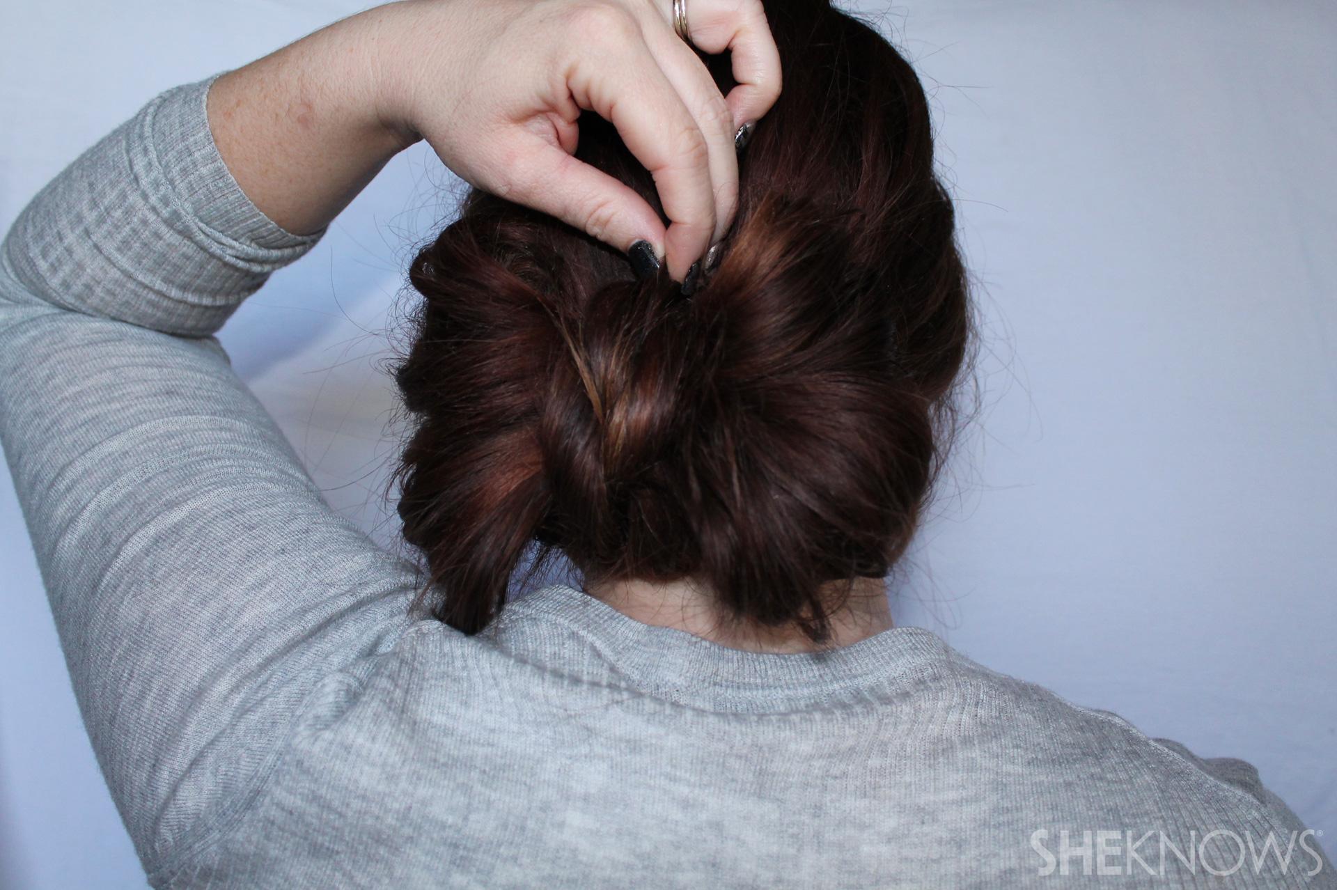 Hair bow | Sheknows.com - step 06