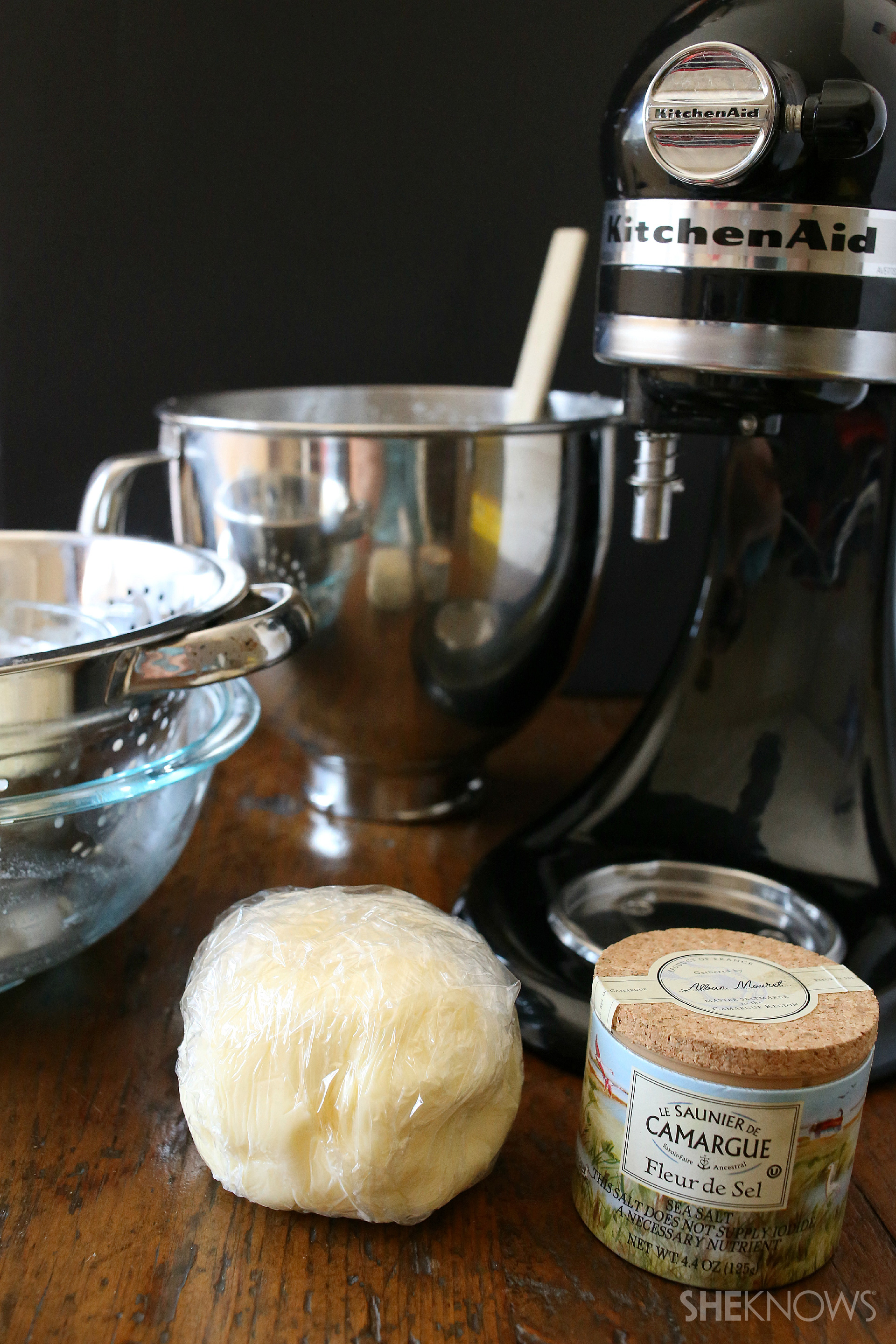 how to make whipped cream with electric mixer
