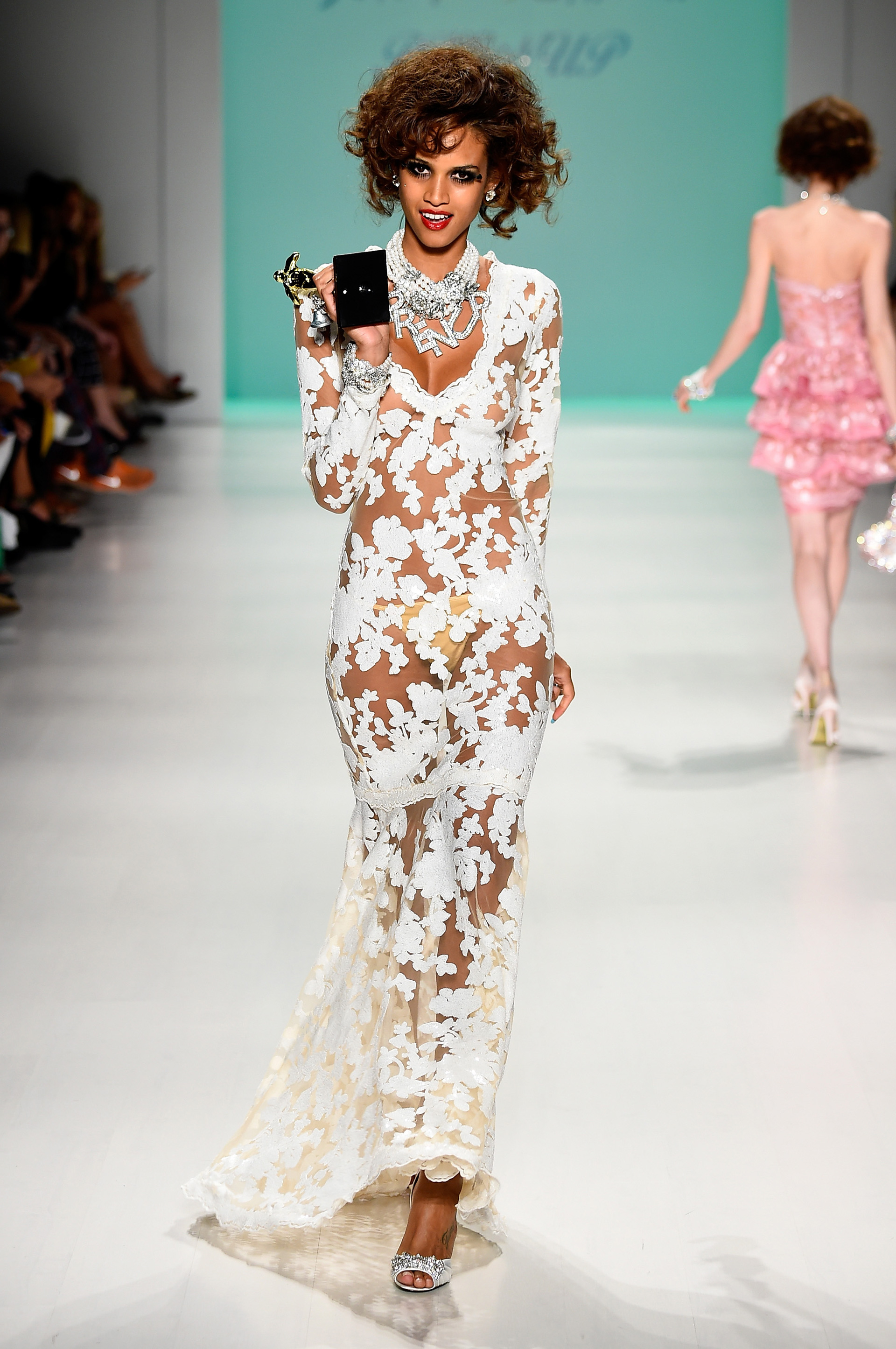 Betsey Johnson's spring 2015 collection 8