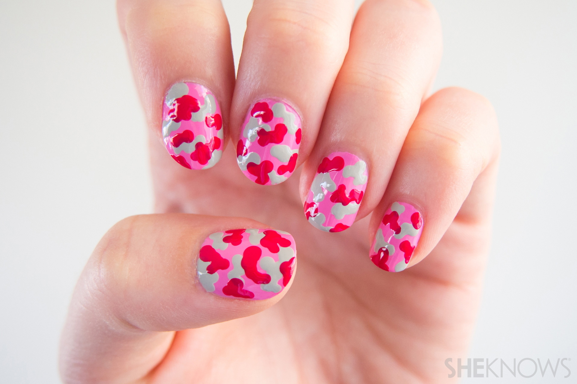 Nail design Pink camo print: Step 3: Allow to dry before applying a top coat.