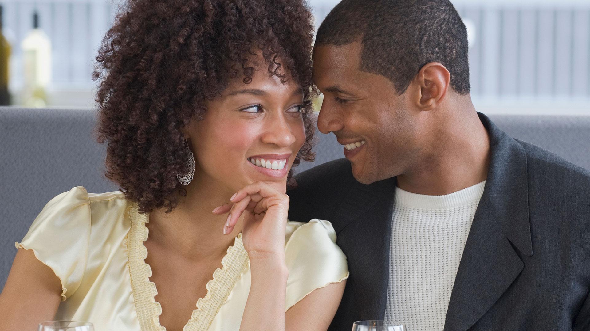 Couple talking | Sheknows.com