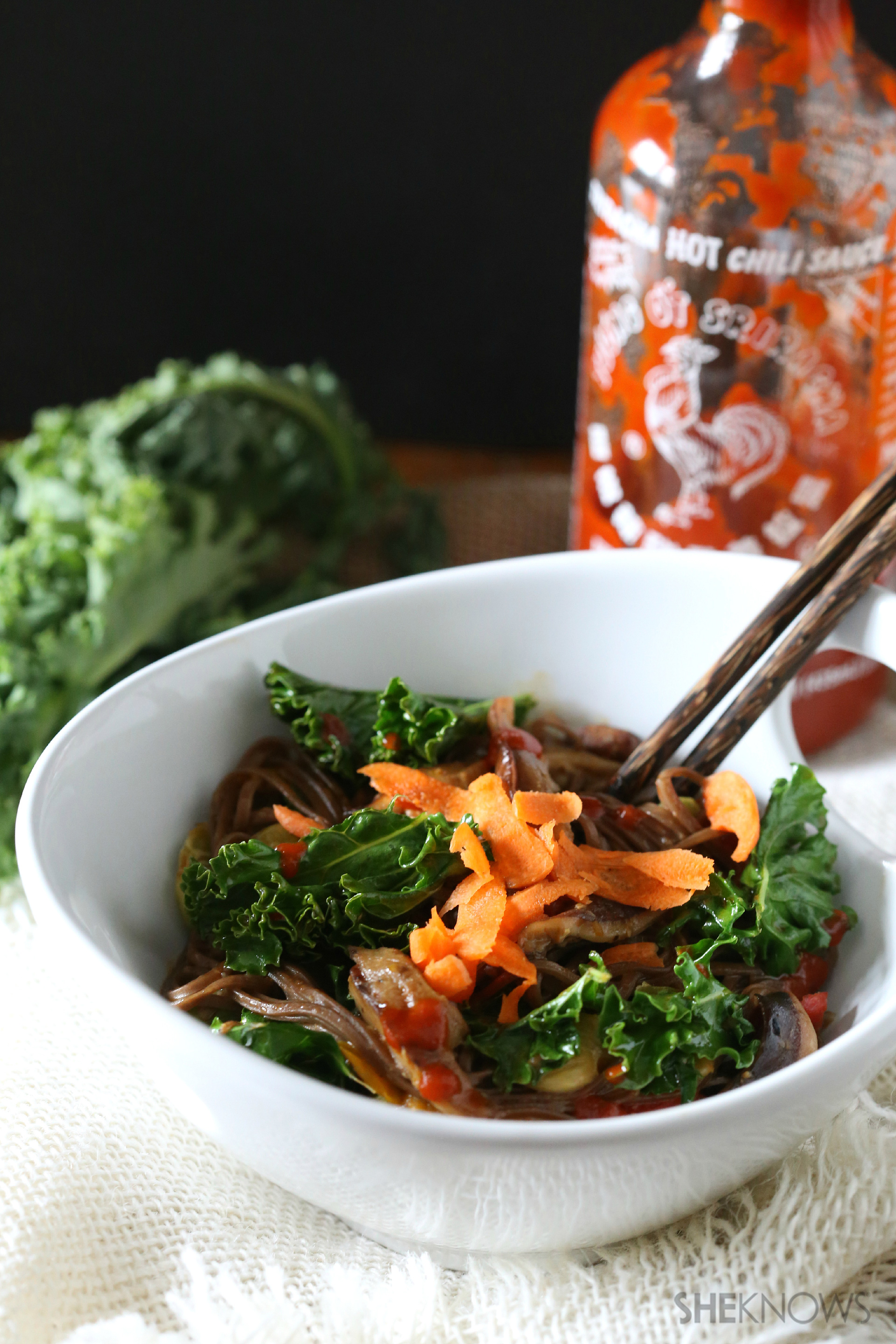20-Minute soba noodles with veggies and Sriracha are an ...