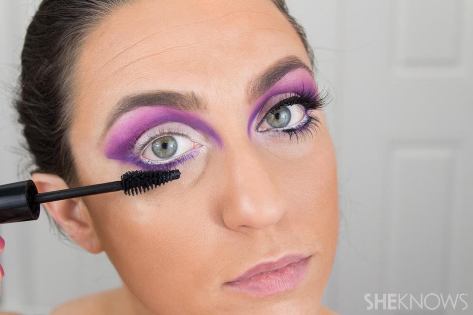 Barbie Halloween Makeup: Step 14