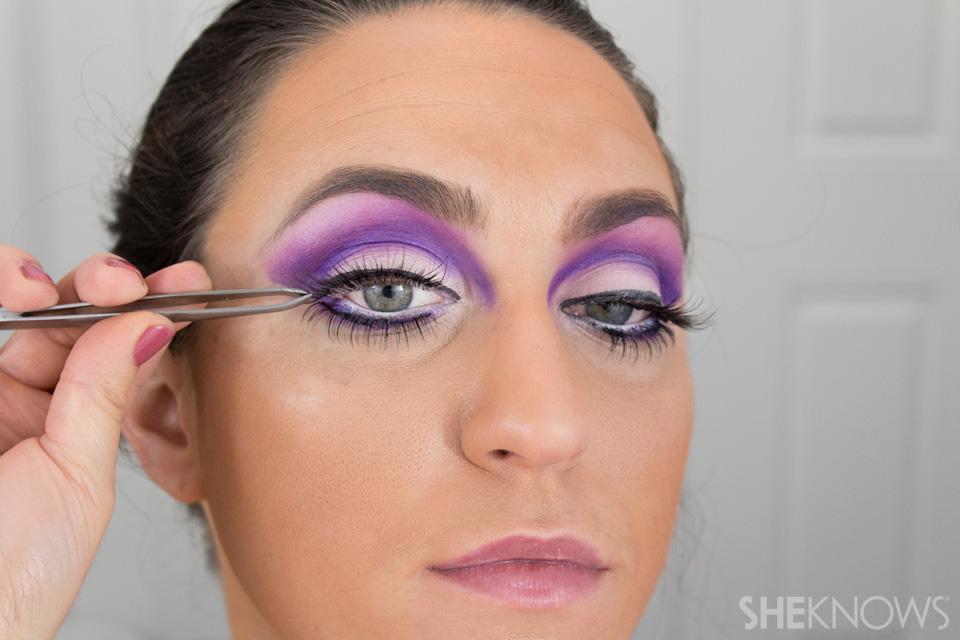 Barbie Halloween Makeup: Step 19