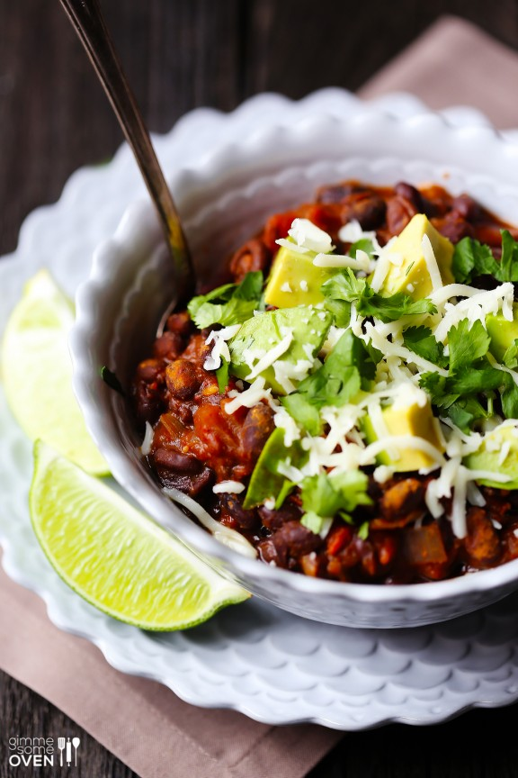 21 Hearty vegetarian and vegan chili recipes to warm you up