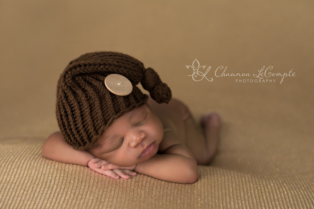11 beautiful newborn photo props