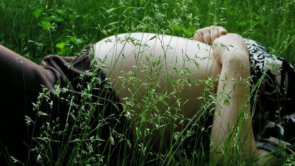 Pregnant grass | PregnancyAndBaby.com