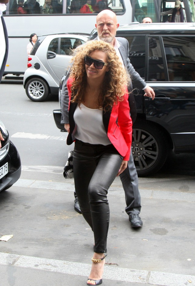 Beyonce leather pants outfit