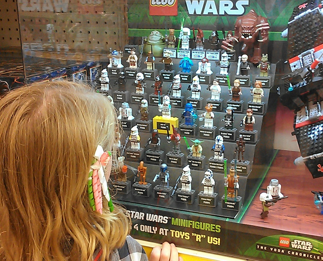 War Toys For Girls : Year old girl calls out sexism in planes and star wars toys