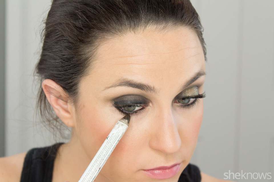 Fast and Festive Holiday Look: Step 5