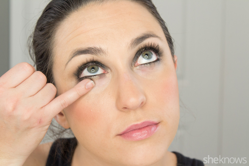 Fast and Festive Holiday Look: Step 8