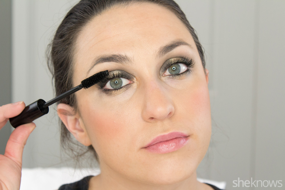 Fast and Festive Holiday Look: Step 9