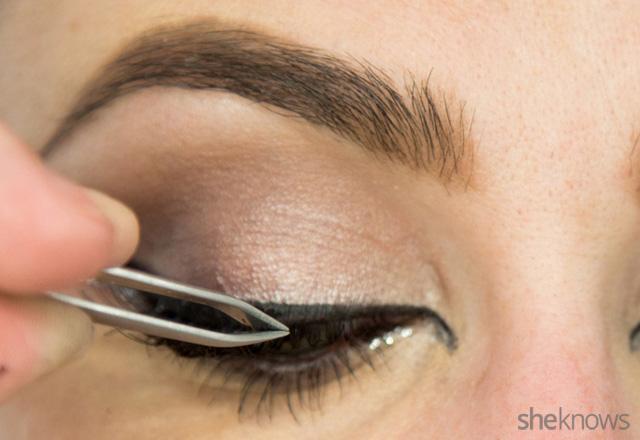 A glitter eye makeup tutorial: Bonus Steps