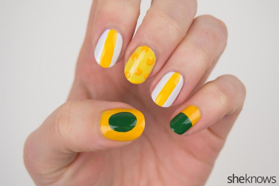 Packers Nail Art: Step 2
