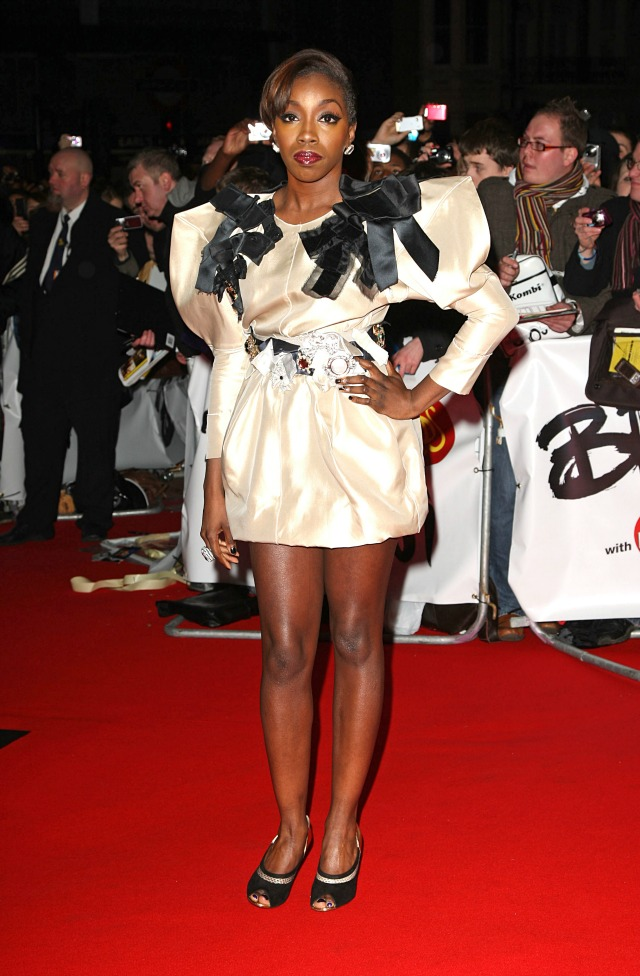 Estelle at the 2009 BRITS