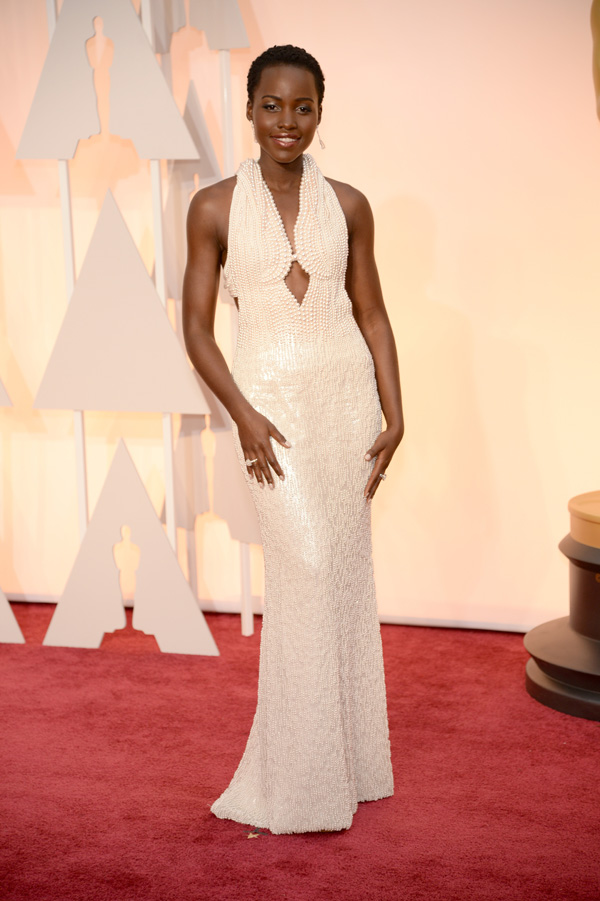 Lupita Nyong'o wears pearls to the Oscars