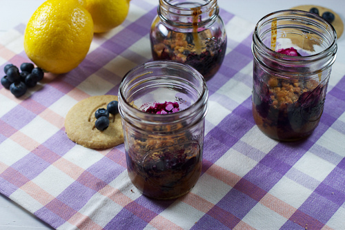 10. Blueberry pie crumble in a jar