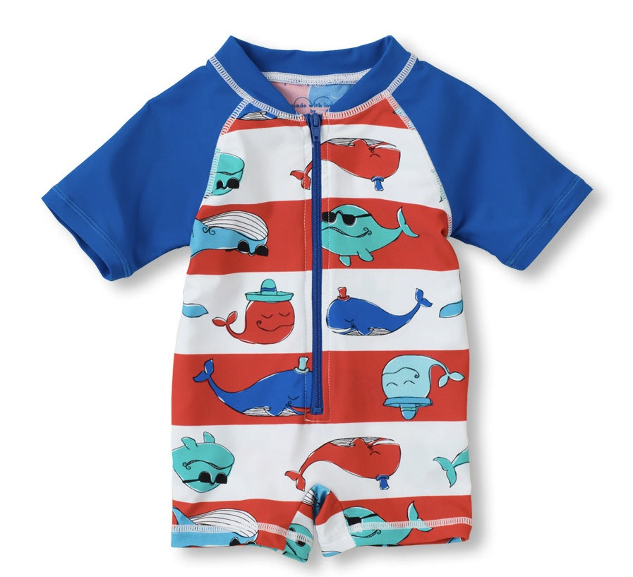 Choosing boys' swimsuits Boys can often be easier to buy for with kids' beachwear than girls. A simple pair of drawstring swim trunks will usually do. A simple pair of drawstring swim trunks will usually do.