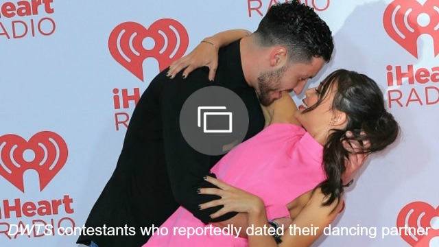 Val Chmerkovskiy and Amber Rose got caught on a kiss cam — and hardly kissed
