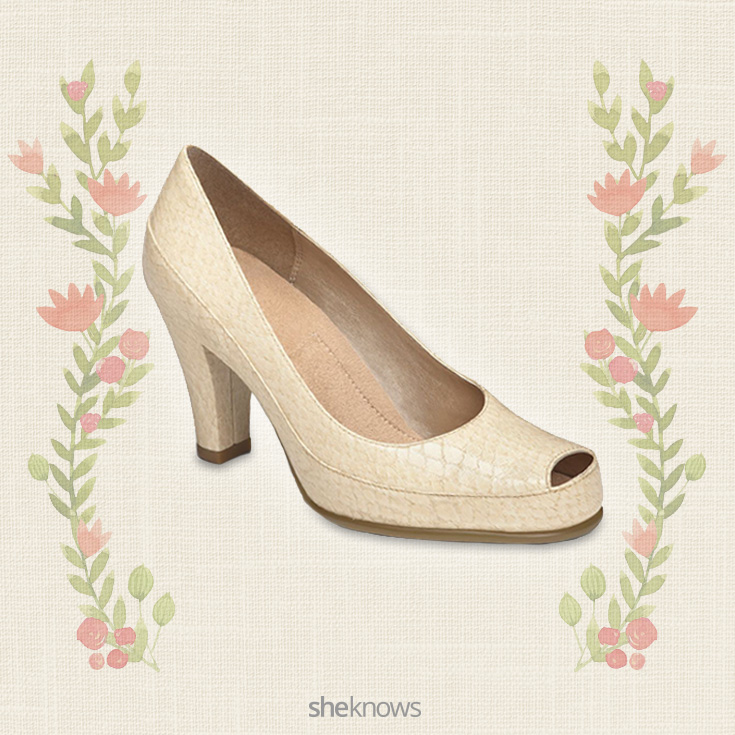 A2 by Aerosoles Big Ben peep-toe heels