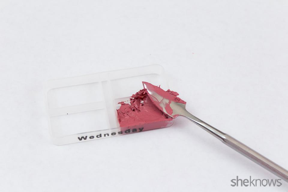 DIY custom lip palette: Step 2