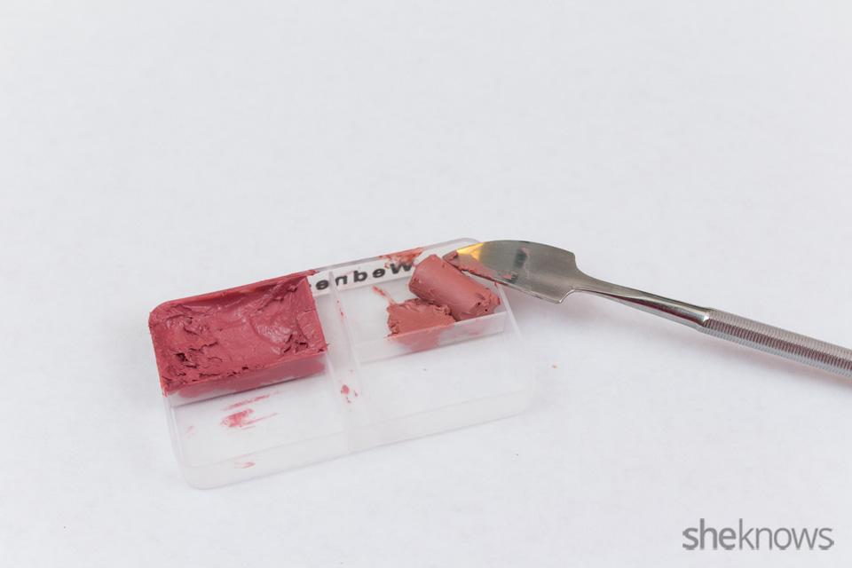 DIY custom lip palette: Step 3