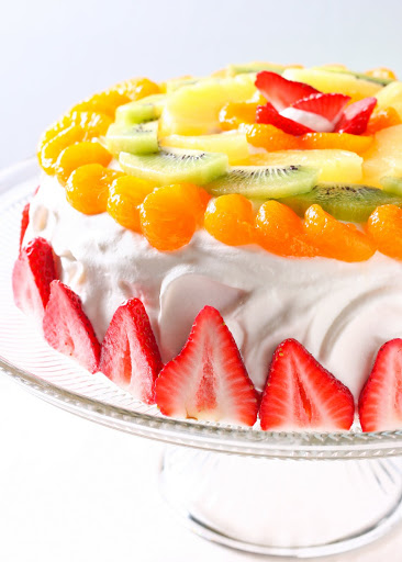Cake With Whipped Cream And Fresh Fruit : 10 Hacks to turn a store-bought cake into a masterpiece