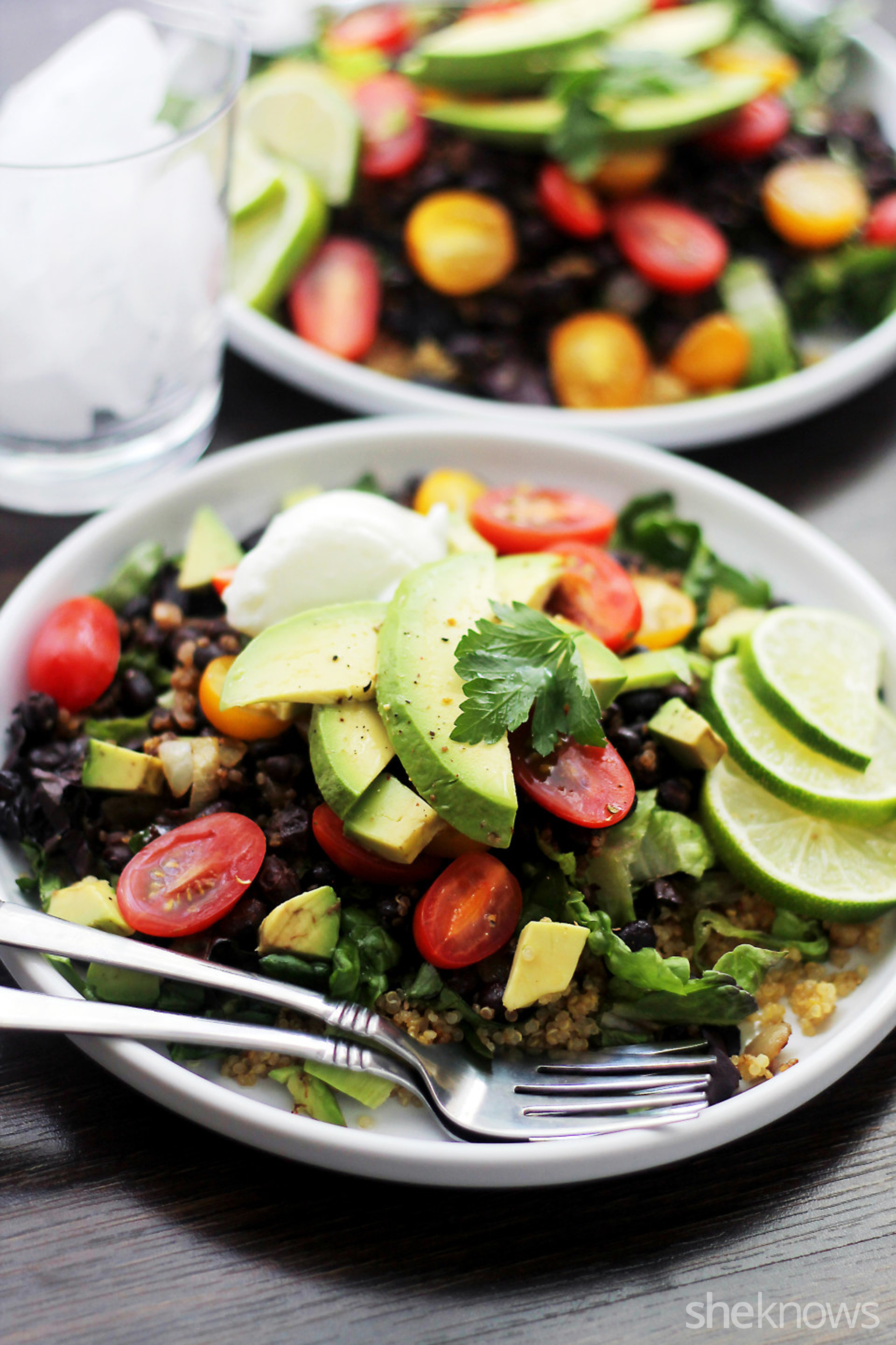 Quinoa burrito bowls for a low-carb take on a fast food favorite