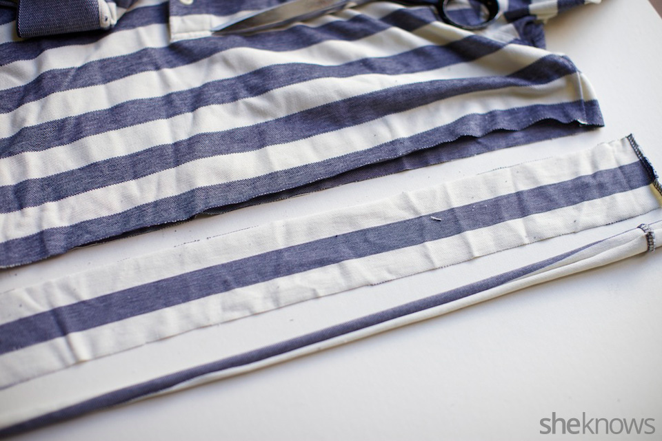 Sailor's knot T-shirt headband: Step 1
