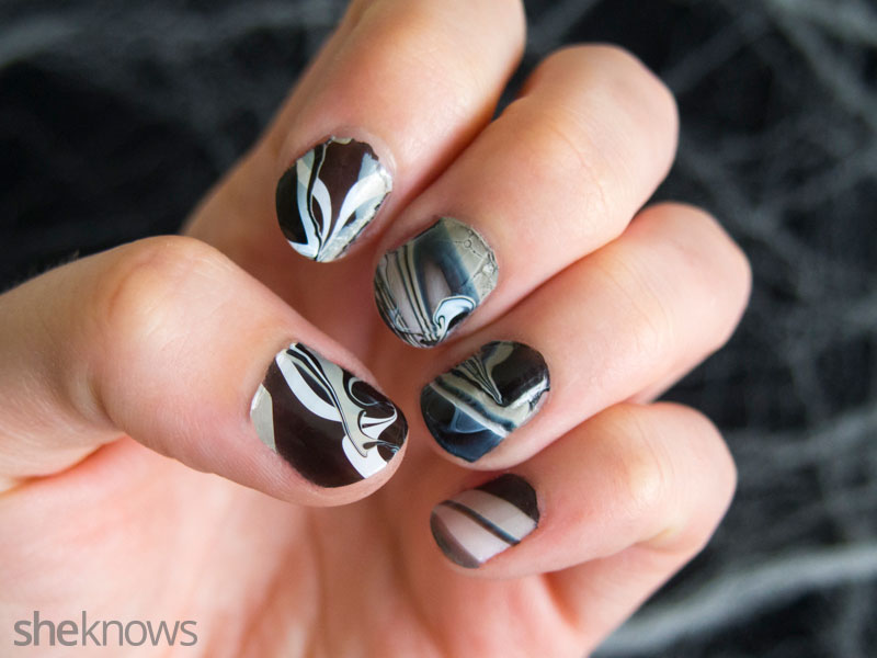 Ghostly spirit Halloween nails | SheKnows.com