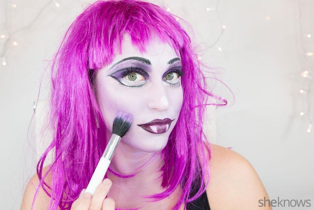 Ghoulish glam Halloween makeup tutorial: Step 17b