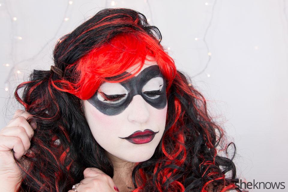 Harley Quinn makeup tutorial: Step 17