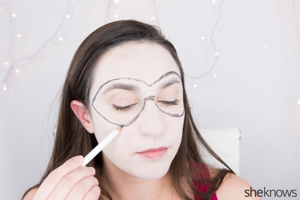 Harley Quinn makeup tutorial: Step 3