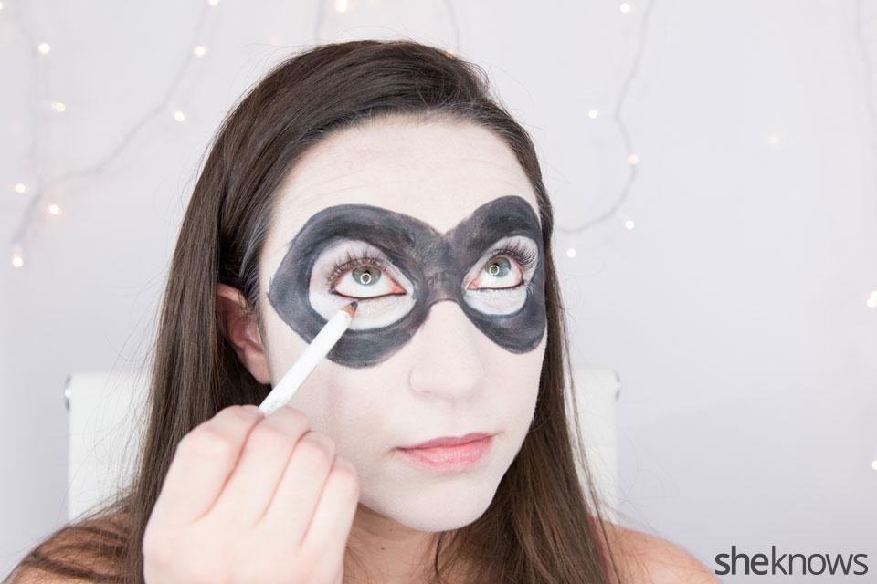 Harley Quinn makeup tutorial: Step 6