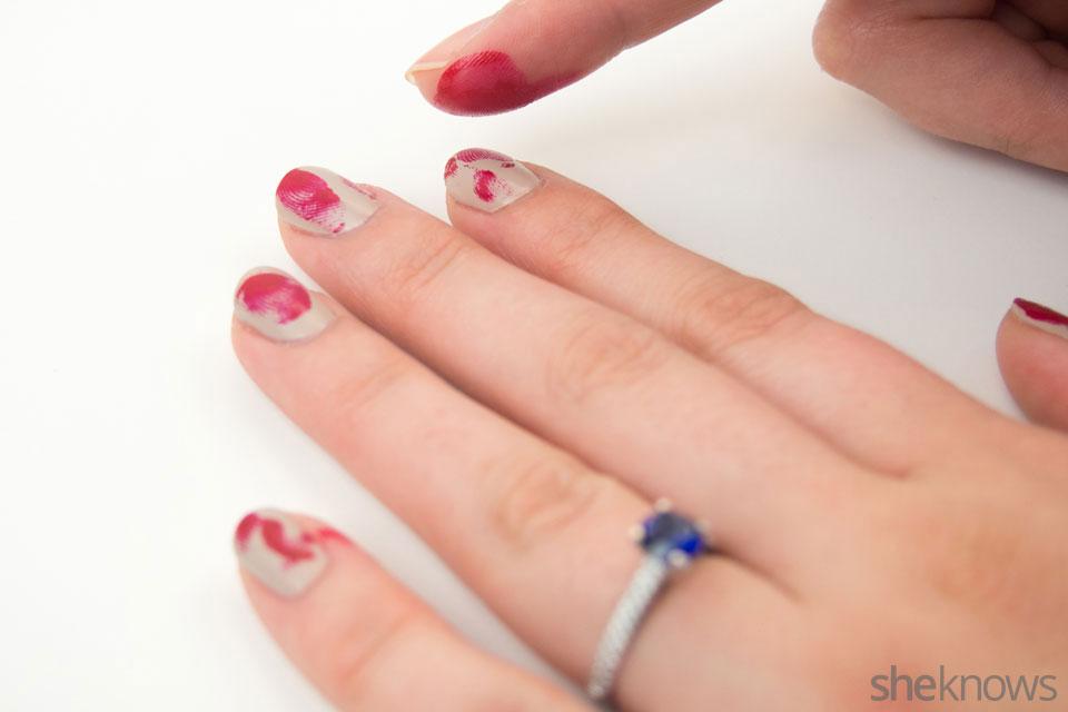 Bloody finger prints nail design: Step 3